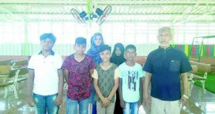 Ariff Bahemia avec ses élèves