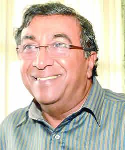 Dr Satish Boolell