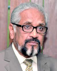 Cassam Uteem